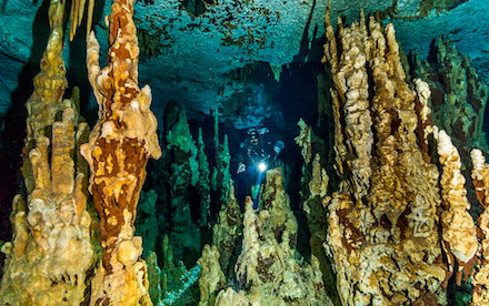 Cave Diving 05